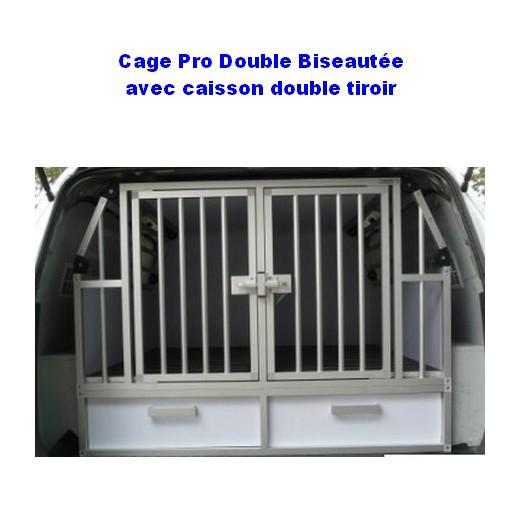 cage de transport chien avec am nagement sp cifique pour. Black Bedroom Furniture Sets. Home Design Ideas