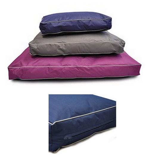 coussin et matelas pour le couchage du chien et du chiot. Black Bedroom Furniture Sets. Home Design Ideas